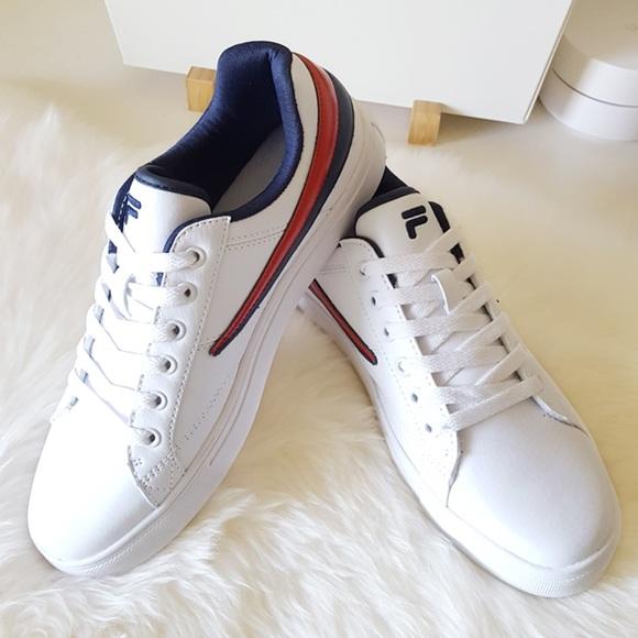 Fila Smokescreen Low Sneakers NWT